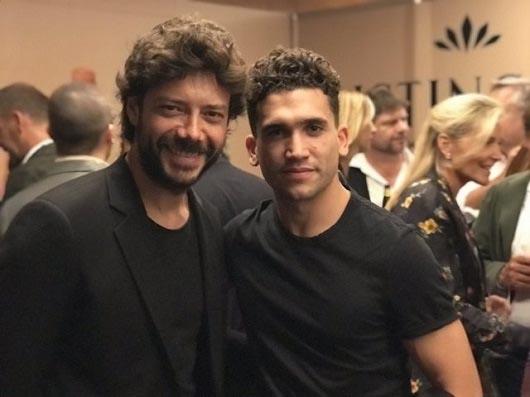 Jaime Lorente y Álvaro Morte